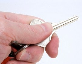 keep the keys to your vehicle when you sign a lending contract